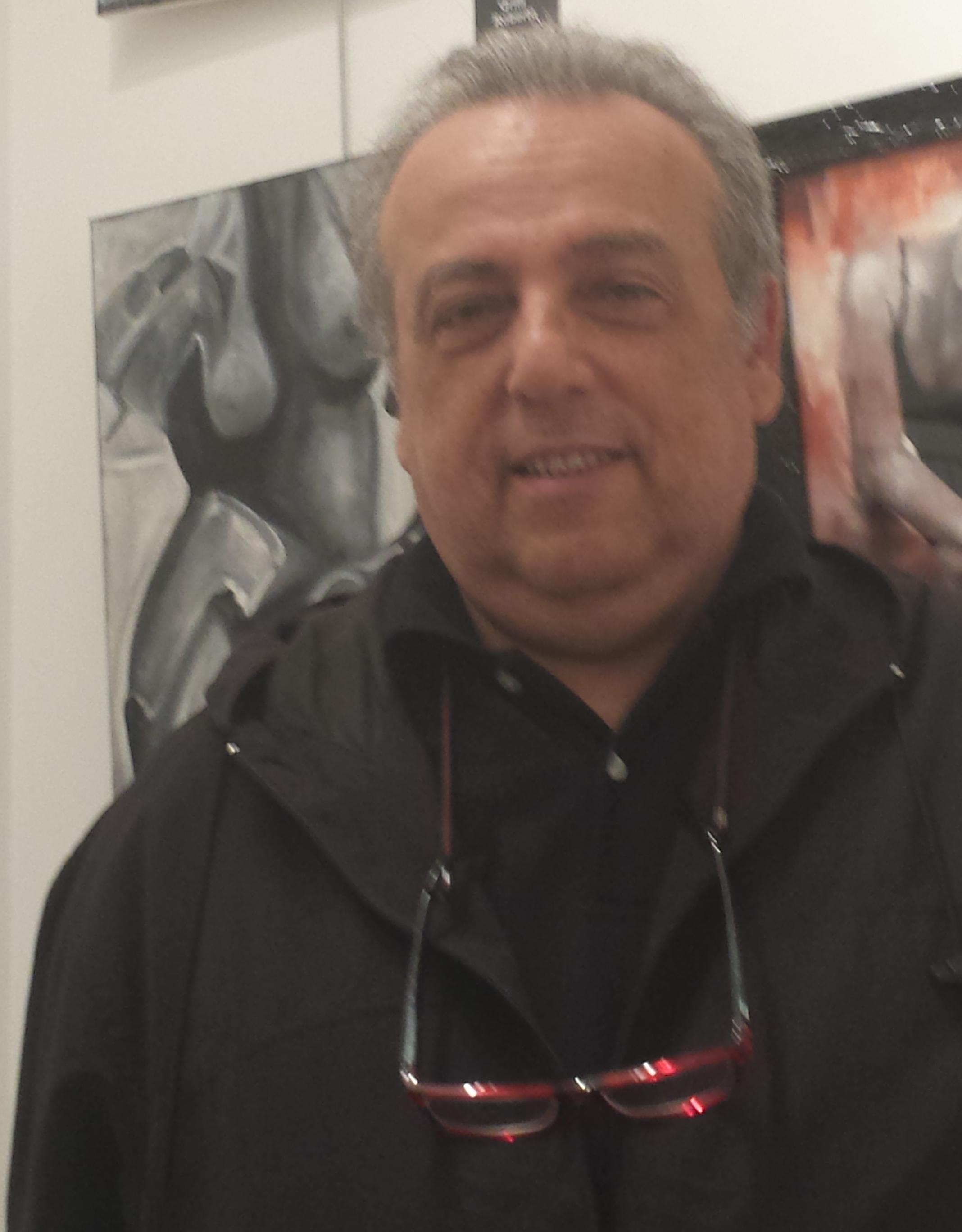 Grilli roberto maison d 39 art for Grilli arredamenti roma